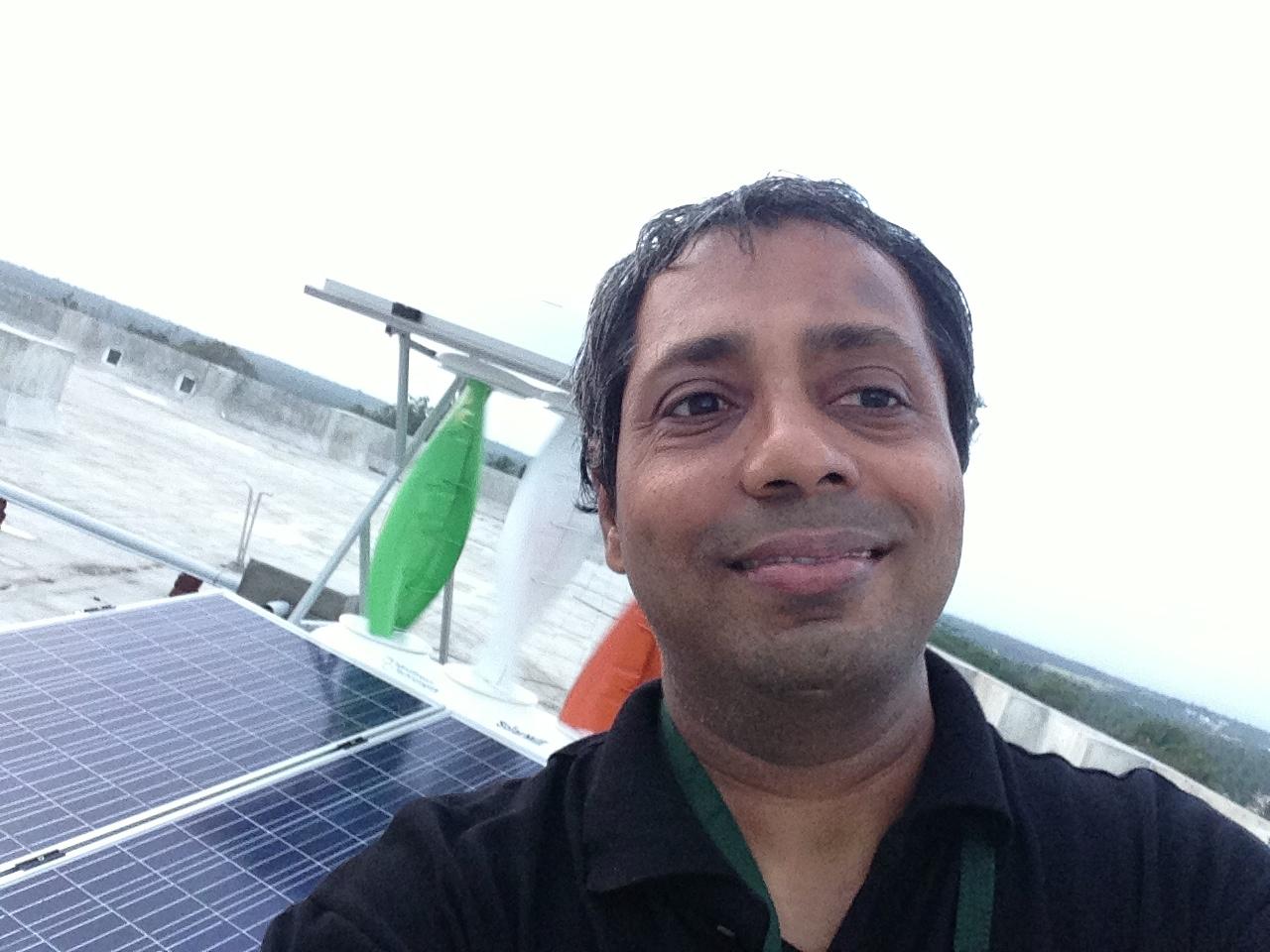 mcet-hybrid-wind-solar-5