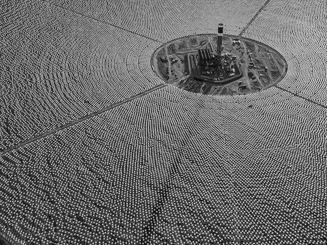 Aerial view, Solar Field One, Ivanpah Solar,  tower construction and heliostat installation are both completed, 27 October 2012